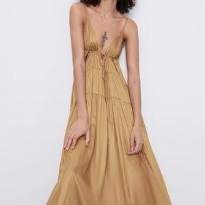 Zara Voluminous Satin Effect Dress sz M/L NEW
